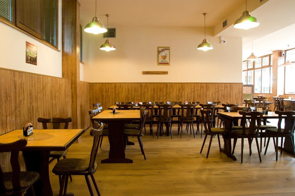 Salonek Restaurace Morava